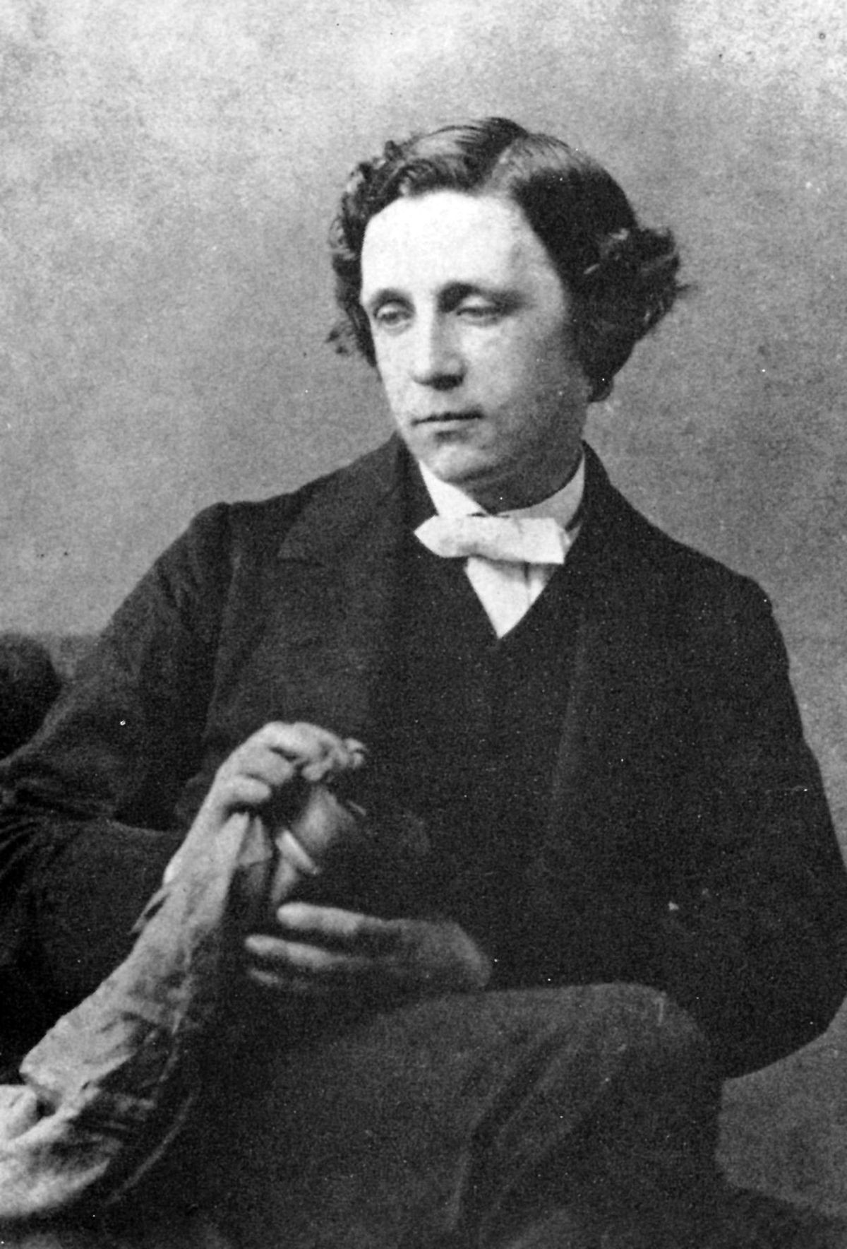 A life through the looking glass - 120. Todestag von Lewis Carroll